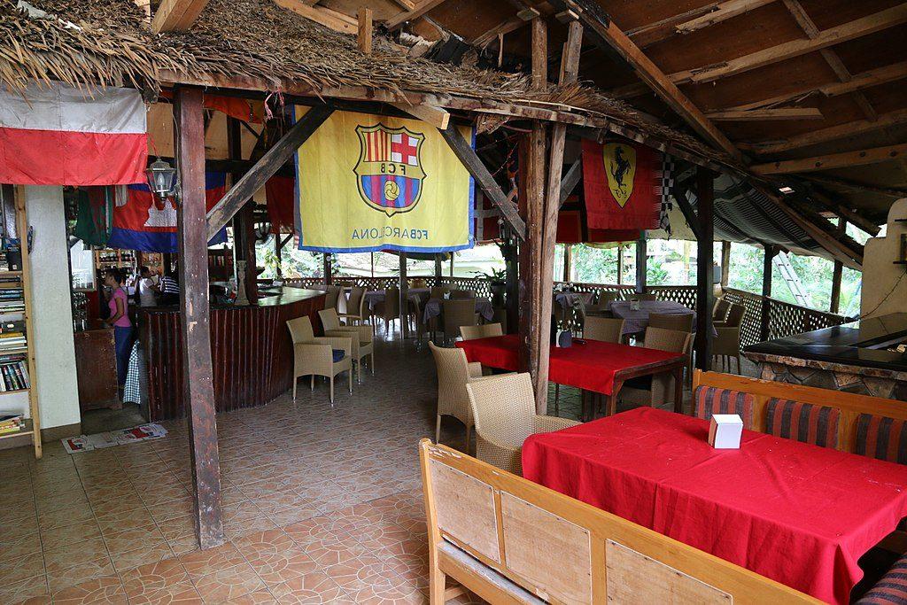 Un des restaurants à Habhaban, Dumaguete